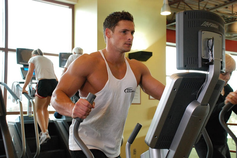 Eliptical training for chest muscles